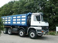 2002 Mercedes-Benz 4143 Truck Picture
