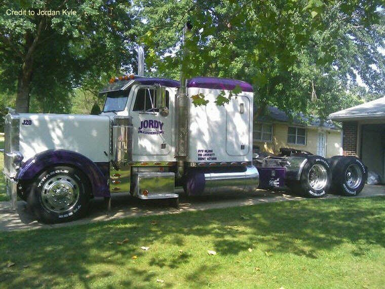 Left Side 1989 Peterbilt 379 EXHD Truck Picture