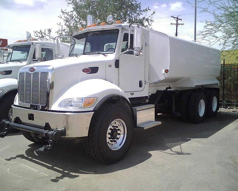 Front Left White 2009 Peterbilt 340 Truck Picture