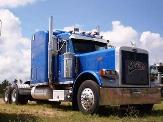 2000 Peterbilt 379EH Picture