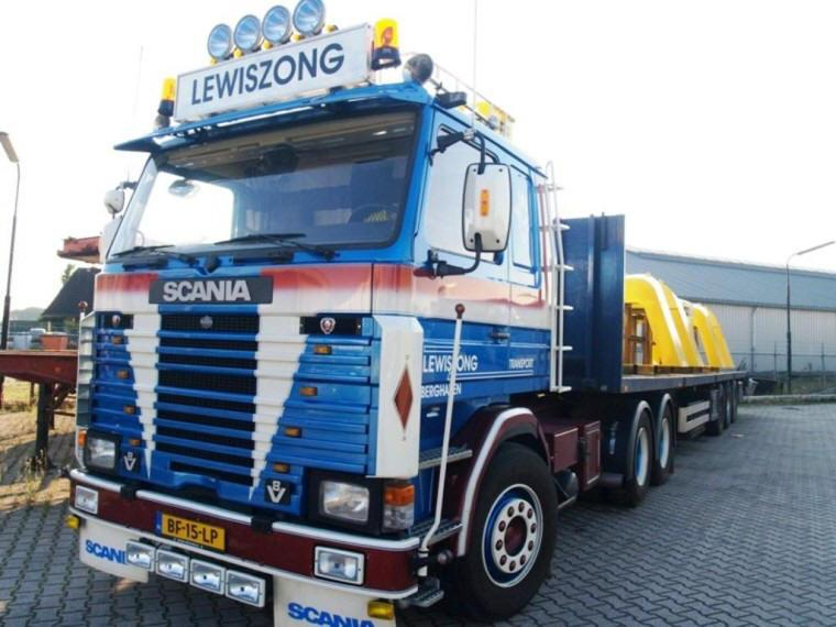 Front Left 1982 Scania 142 Truck Picture