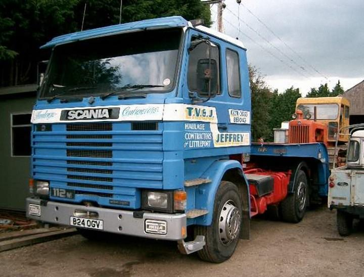 Front Left Blue 1985 Scania 112 Truck Picture