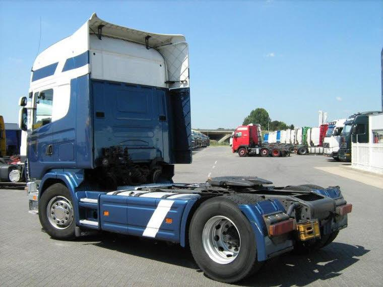 Rear Left 2002 Scania R124L Truck Picture