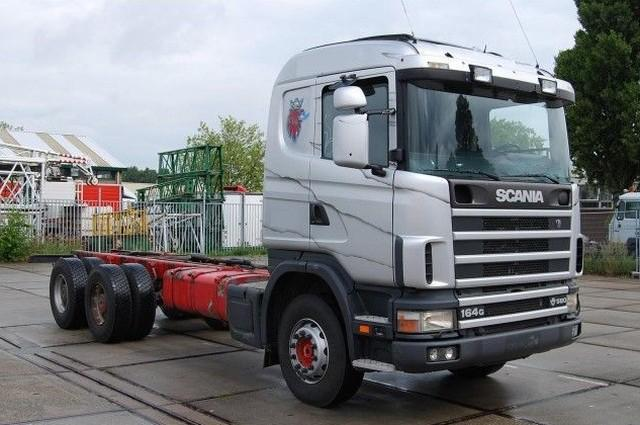 Front Right Silver 2003 Scania 164G Truck Picture