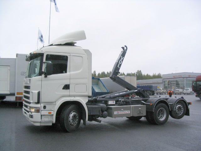 2004 Scania R124LB Hook Lift Truck Picture