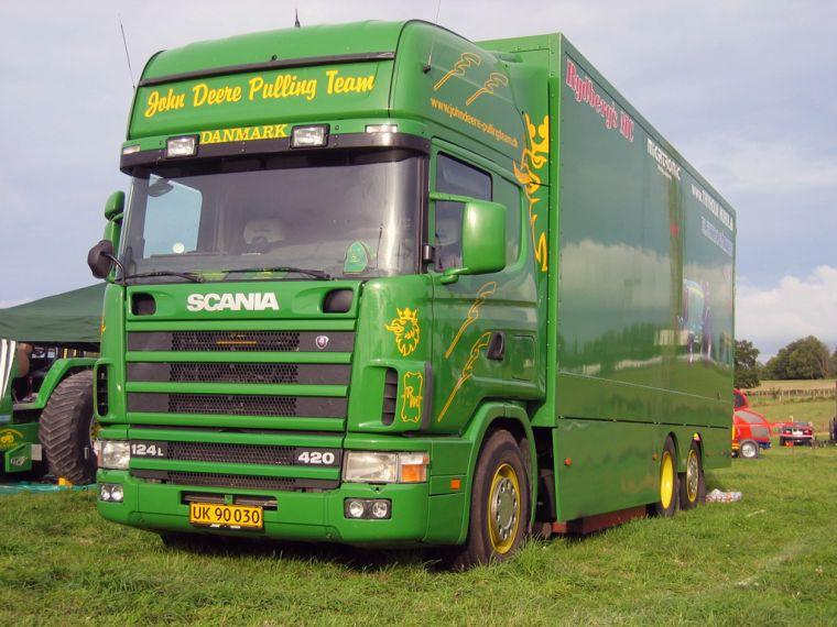Scania 124 Pulling Team Truck Picture