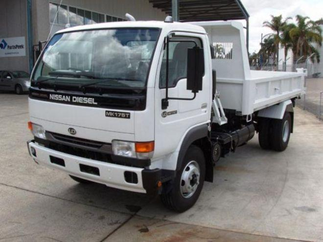2005 UD Nissan MK175T Truck Picture