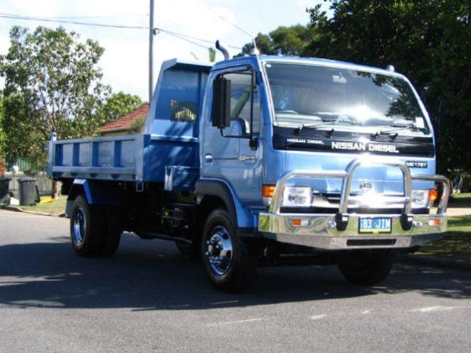 2005 UD Nissan 175T Truck Picture