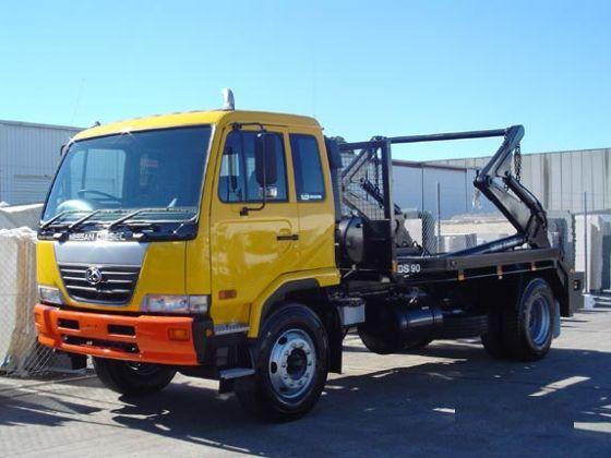 2005 UD Nissan PK Lift Truck Picture