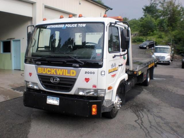 2007 UD Nissan 2000 Truck Picture
