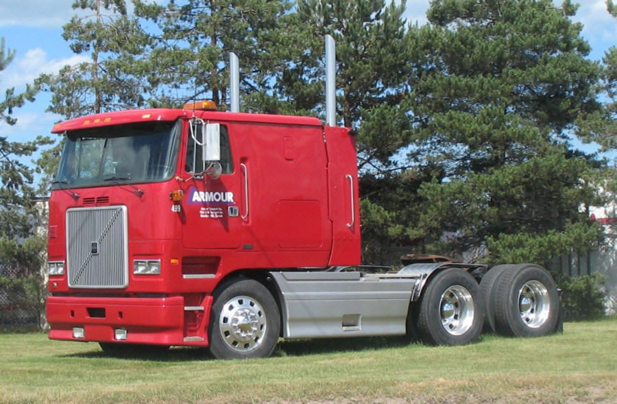 1996 Volvo Armour Transport Truck Picture