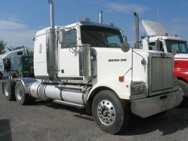 2000 Western Star 4964 Truck Picture