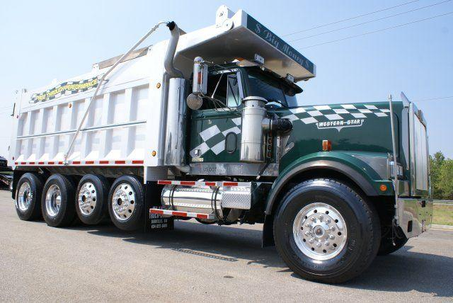 Right Side 2001 Western Star 4964 Dump Truck Picture