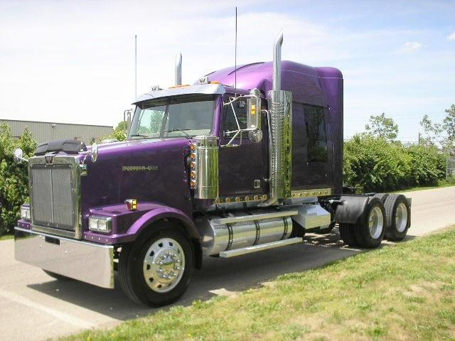 2004 Western Star 4900F Truck Picture