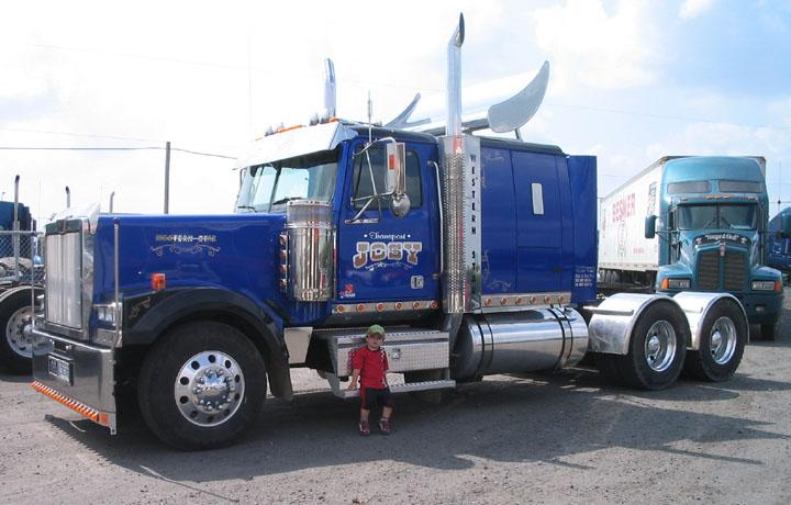 2005 Western Star Low Max Truck Picture