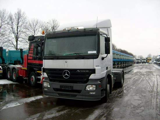 2006 Mercedes-Benz Actros Truck Picture